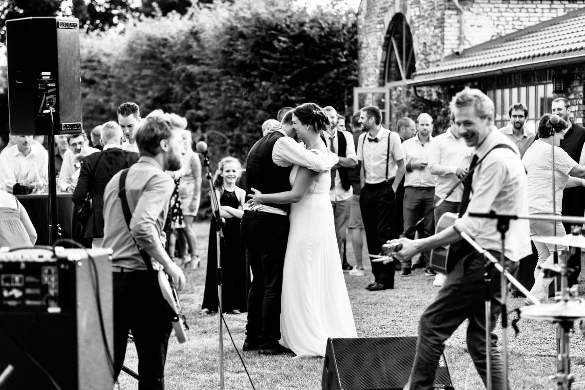 photographe mariage lille nord jeremy hourquin abaumont soiree rock exterieur.jpg
