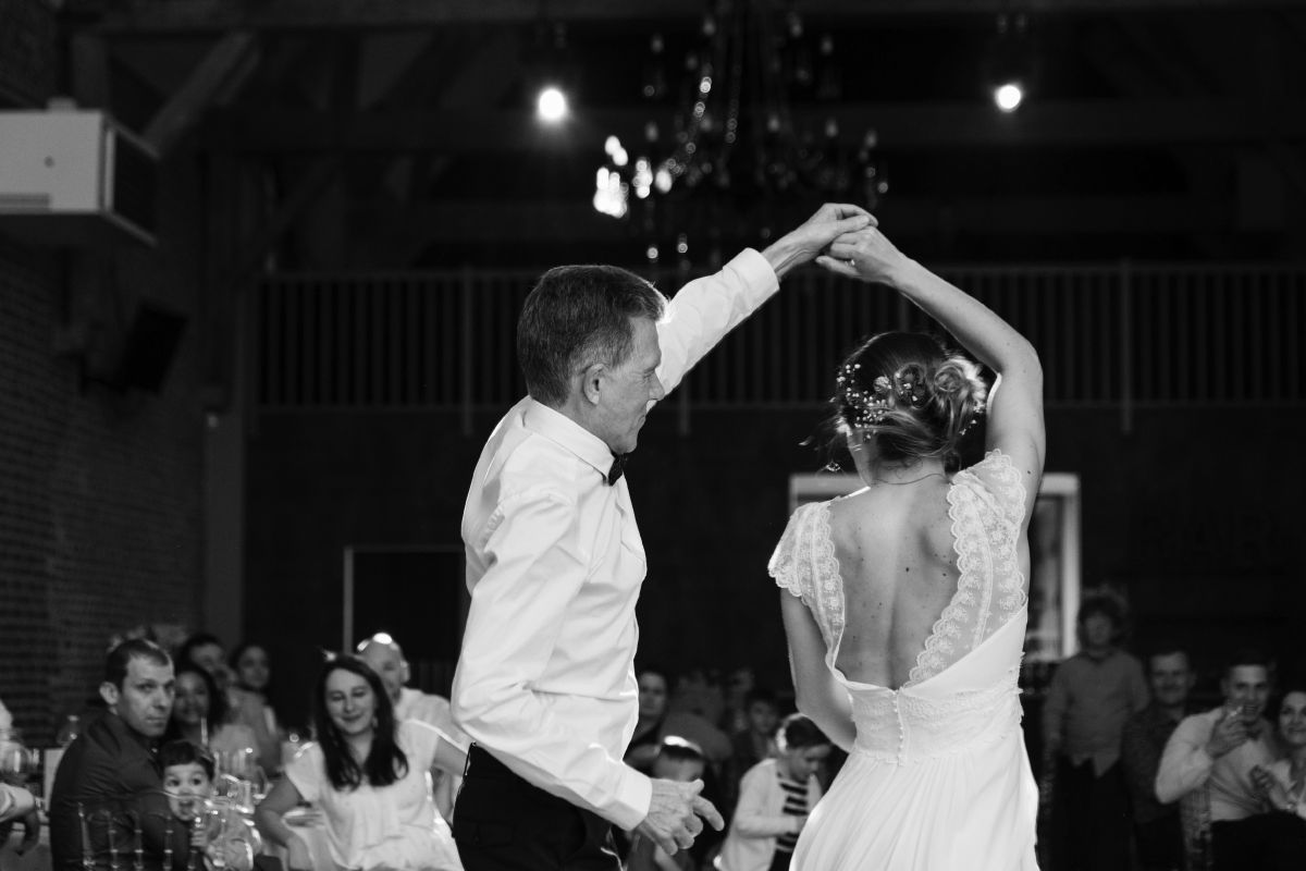photographe mariage lille nord jeremy hourquin colombier ouverture bal papa.jpg