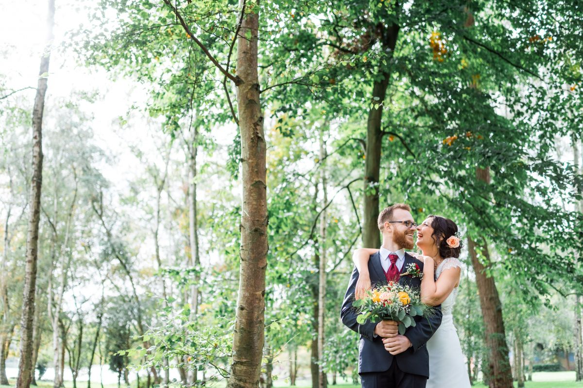 photographe mariage lille nord jeremy hourquin couple rire.jpg