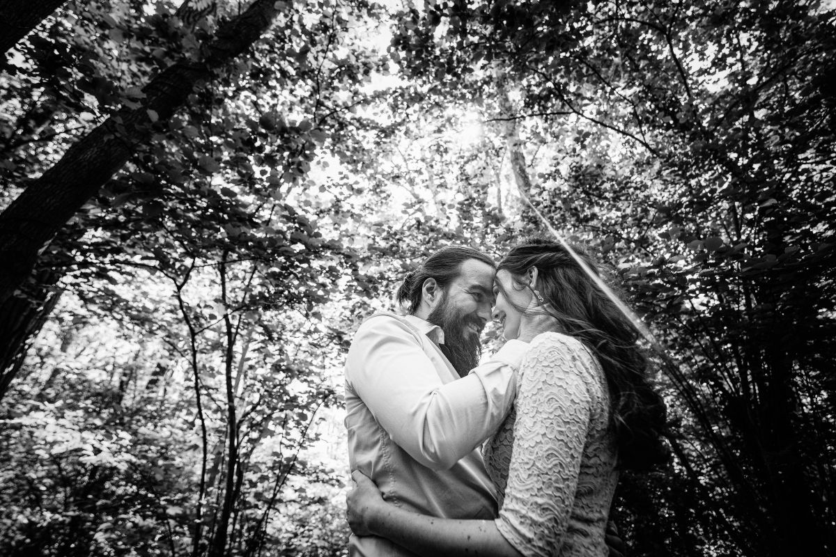 photographe mariage lille nord jeremy hourquin engagement tete front amour parc heron.jpg