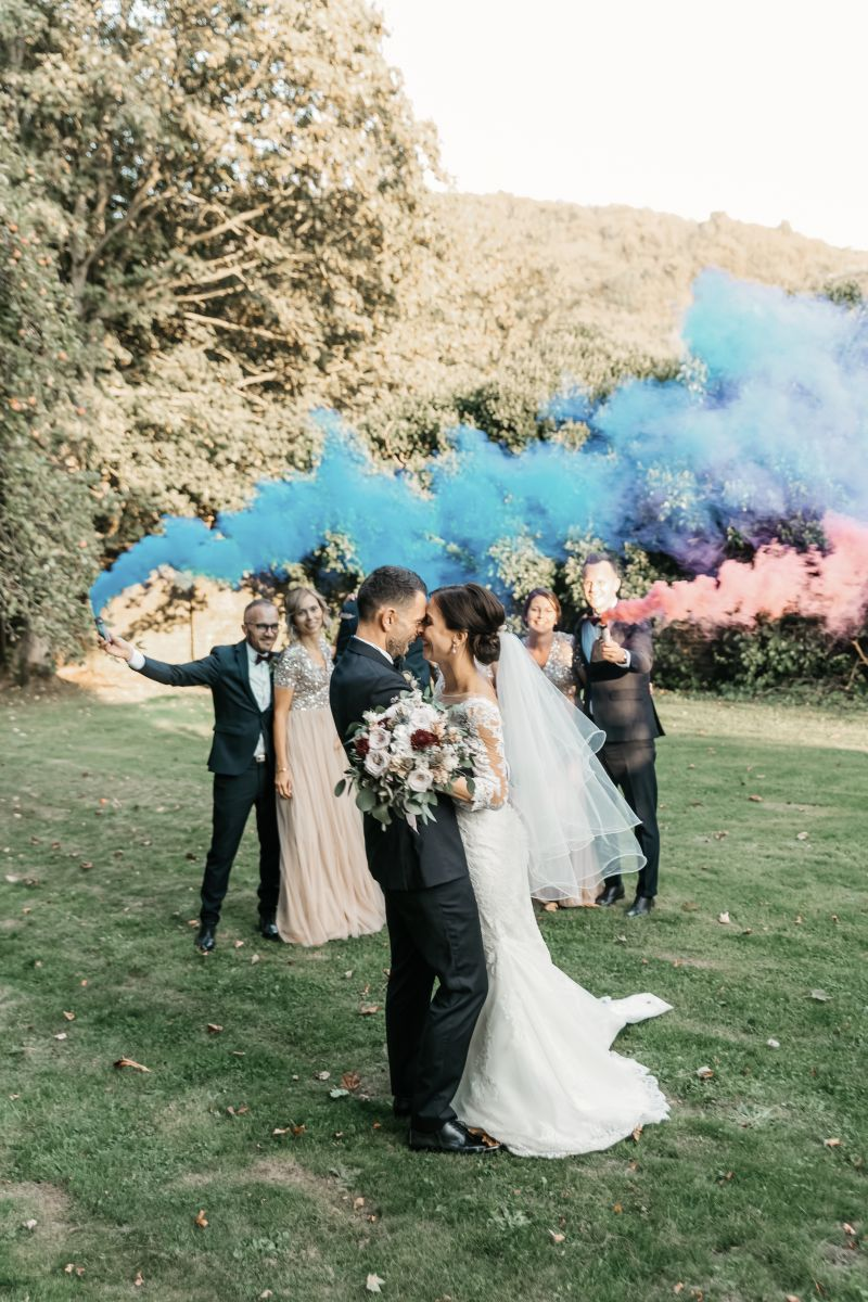 photographe mariage lille nord jeremy hourquin lys auchel fumigene temoins groupe.jpg