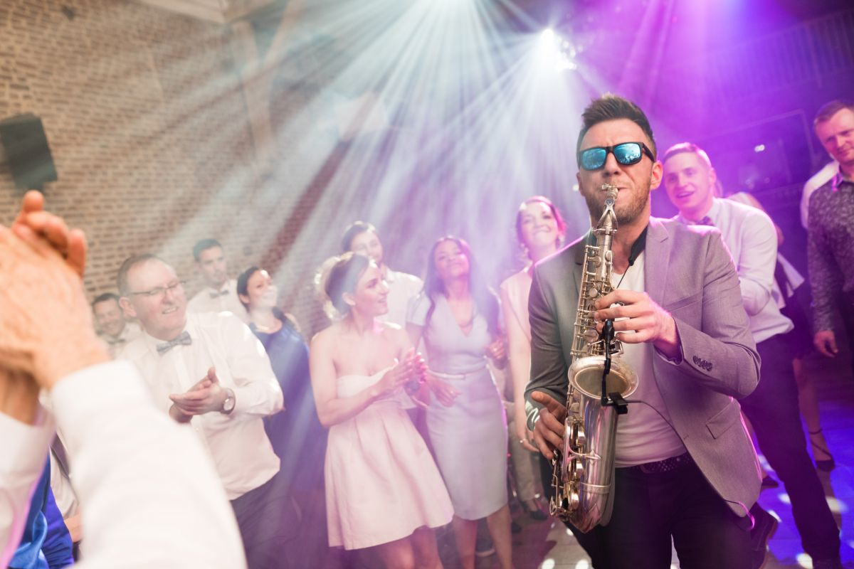 photographe mariage lille nord jeremy hourquin saxophoniste eddsax edouard clos colombier cantin soiree bal.jpg