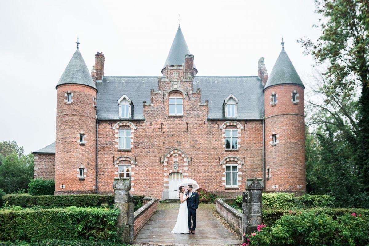 photographe mariage lille nord jeremy hourquin zuthove blendecque parapluie.jpg